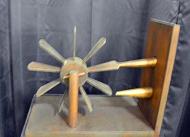 Прибор для измерения скорости ветра и воды